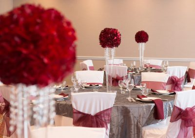 J Bar davenport wedding table arrangements